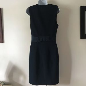 Diane von furstemberg navy blue sheath. Size 6